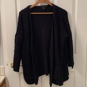 Forever 21 Oversized knitted cardigan sweater